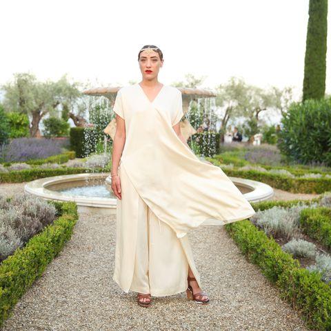 Shoulder, Textile, Dress, Formal wear, Garden, Shrub, Gown, Wedding dress, Groundcover, Spring,