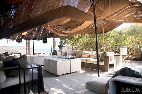 Interior design, Room, Floor, Shade, Linens, Bed, Bed sheet, Pillow, Bedding, Lamp,