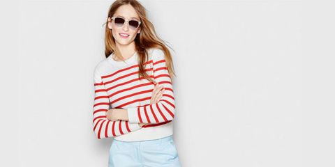 Eyewear, Vision care, Lip, Mouth, Sleeve, Shoulder, Joint, Standing, Elbow, White,