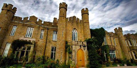 Window, Cloud, Property, Architecture, Building, Castle, Fixture, Brick, Door, Manor house,