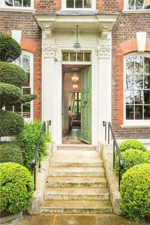 Plant, Green, Shrub, Stairs, Door, Facade, Real estate, Hedge, House, Garden,