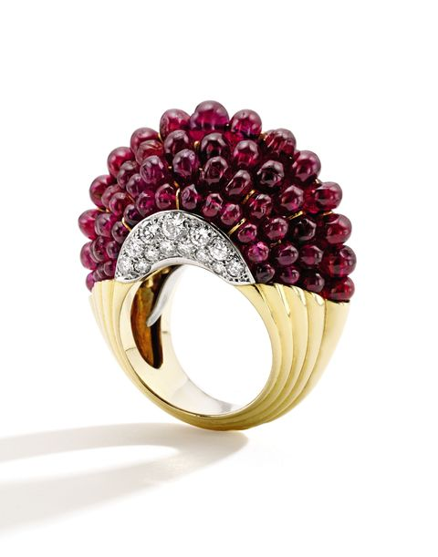 Jewellery, Magenta, Fashion accessory, Violet, Amber, Purple, Natural material, Body jewelry, Maroon, Ring,
