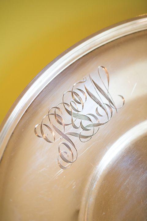 Liquid, Close-up, Beer glass, Serveware, Kitchen utensil, Barware,