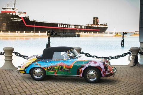 Tire, Wheel, Mode of transport, Vehicle, Transport, Automotive design, Car, Waterway, Fender, Liquid,