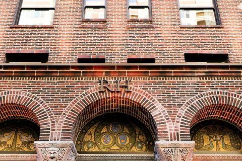 Brick, Architecture, Brickwork, Facade, Arch, Wall, Real estate, Landmark, Arcade, Building material,