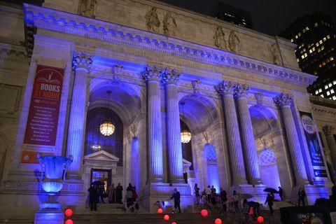Night, Architecture, Landmark, Light, Majorelle blue, Metropolitan area, Arch, Metropolis, Midnight, Classical architecture,