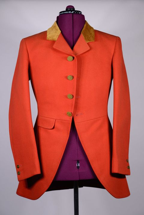 Clothing, Dress shirt, Collar, Sleeve, Coat, Textile, Red, Outerwear, Standing, Formal wear,