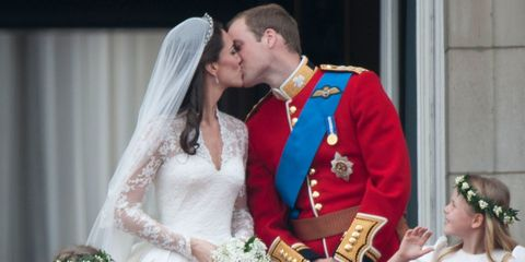 Prince William and Catherine Middleton wedding kiss
