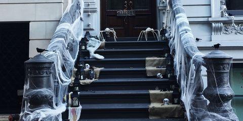 Stairs, Door, Symmetry, Aisle, Handrail, Siding, Column, Porch, Home door,