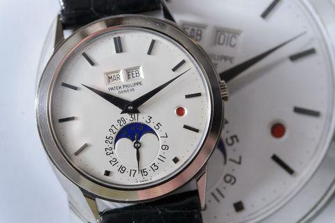 Product, Watch, Glass, Analog watch, Photograph, White, Font, Metal, Fashion, Black,