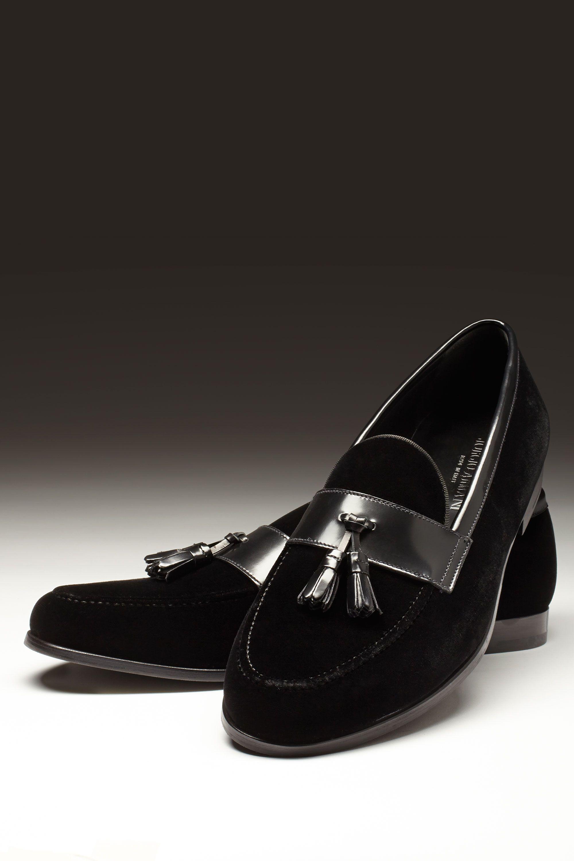 """<p>$825, <a href=""""http://www.armani.com/us/giorgioarmani/men/onlinestore/shoes"""">Giorgio Armani</a>.</p>"""