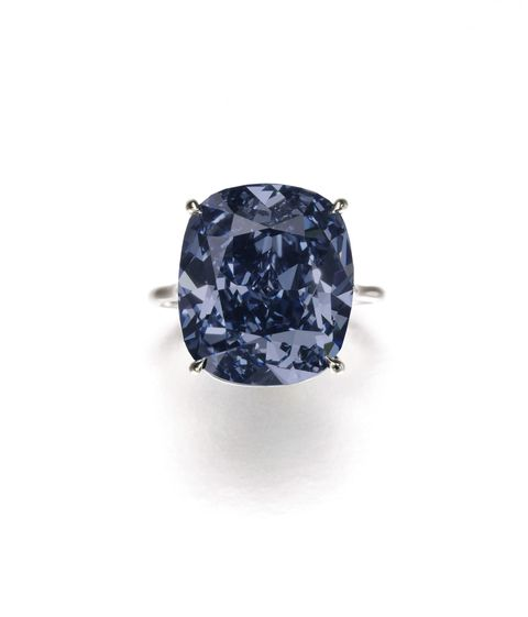 Jewellery, Violet, Body jewelry, Gemstone, Crystal, Mineral, Diamond, Silver, Still life photography, Natural material,