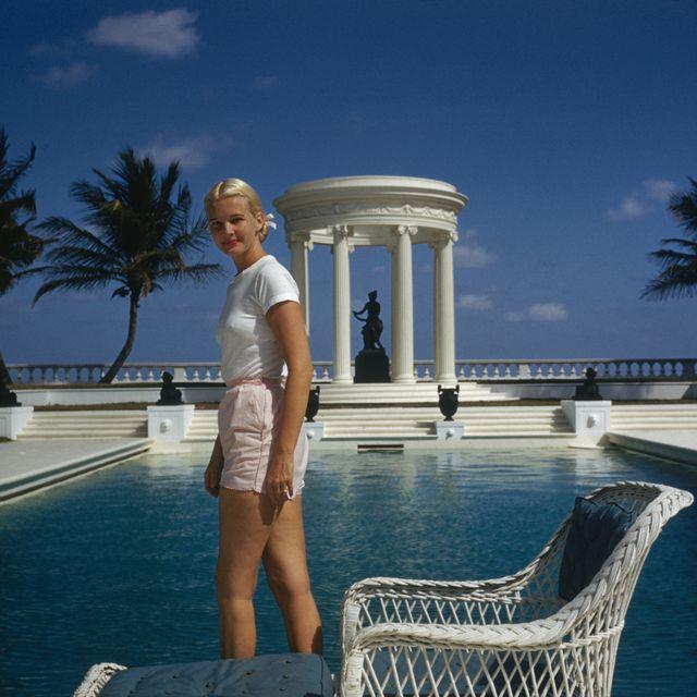 Vacation, Resort, Water, Leisure, Palm tree, Fun, Summer, Tree, Tourism, Swimming pool,