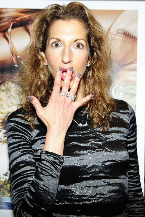 Hair, Finger, Lip, Hairstyle, Eyebrow, Eyelash, Wrist, Nail, Beauty, Fashion,