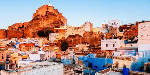 Neighbourhood, Town, Urban area, Roof, Residential area, Azure, House, Human settlement, Peach, Village,