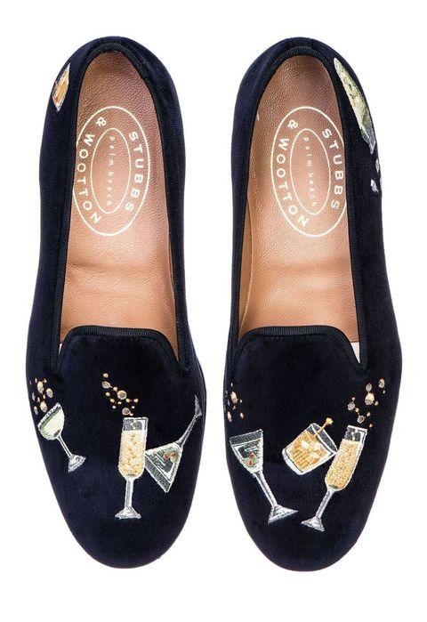 Footwear, Brown, Shoe, Style, Tan, Fashion, Black, Beige, Musical instrument accessory, Ballet flat,