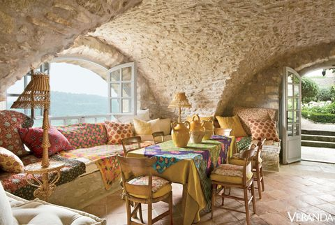 Interior design, Room, Furniture, Wall, Table, Ceiling, Couch, Coffee table, Interior design, Living room,