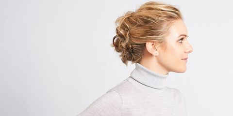 Clothing, Ear, Sleeve, Shoulder, Sweater, Joint, Style, Collar, Jaw, Neck,