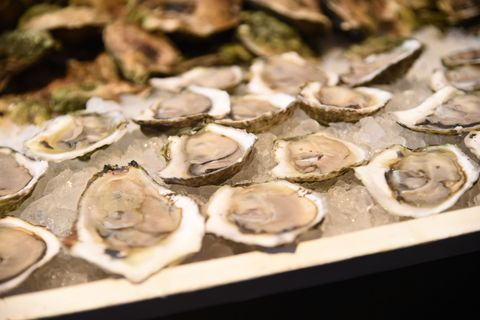 Bivalve, Oyster, Ingredient, Natural material, Shellfish, Shell, Seafood, Abalone, Molluscs, Clam,