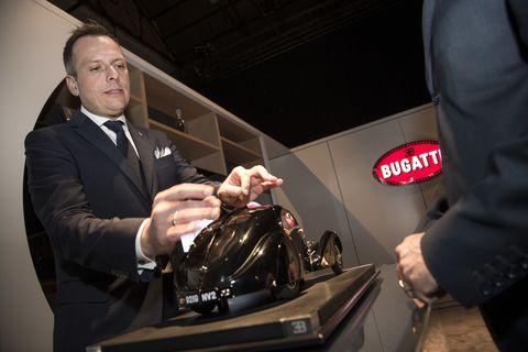 Automotive design, Blazer, Employment, Job, Pocket, Machine, Motorcycle accessories, Suit trousers,