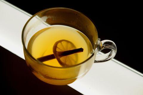 Ingredient, Serveware, Drink, Tableware, Liquid, Oil, Ghee, Recipe, Wheat germ oil, Longjing tea,