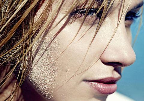 Lip, Cheek, Hairstyle, Skin, Chin, Forehead, Eyelash, Eyebrow, Style, Beauty,
