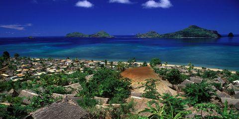 Body of water, Nature, Vegetation, Coastal and oceanic landforms, Natural landscape, Landscape, Coast, Ocean, Azure, Shore,