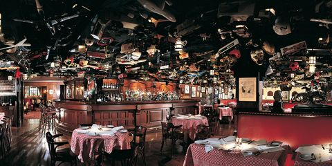 New York City Is Home To Some Of The Country S Most Historic Bars And Restaurants Which Date Back Mid 1800s They Vary In Style Cuisine