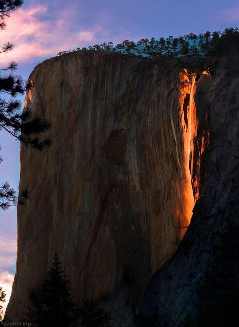 Rock, Formation, Geology, Bedrock, Trunk, Geological phenomenon, Outcrop, Heat, Escarpment, Klippe,
