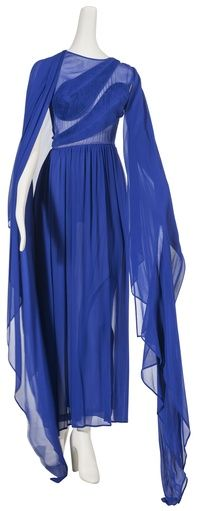 Blue, Sleeve, Textile, Electric blue, Style, Formal wear, One-piece garment, Cobalt blue, Fashion, Dress,