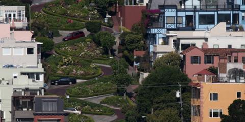 Residential area, Window, Neighbourhood, Property, Suburb, Tree, Urban area, Town, Home, Landscape,