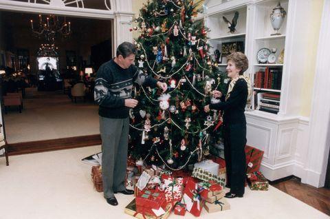 Christmas decoration, Event, Christmas ornament, Interior design, Christmas eve, Christmas tree, Interior design, Holiday ornament, Christmas, Holiday,