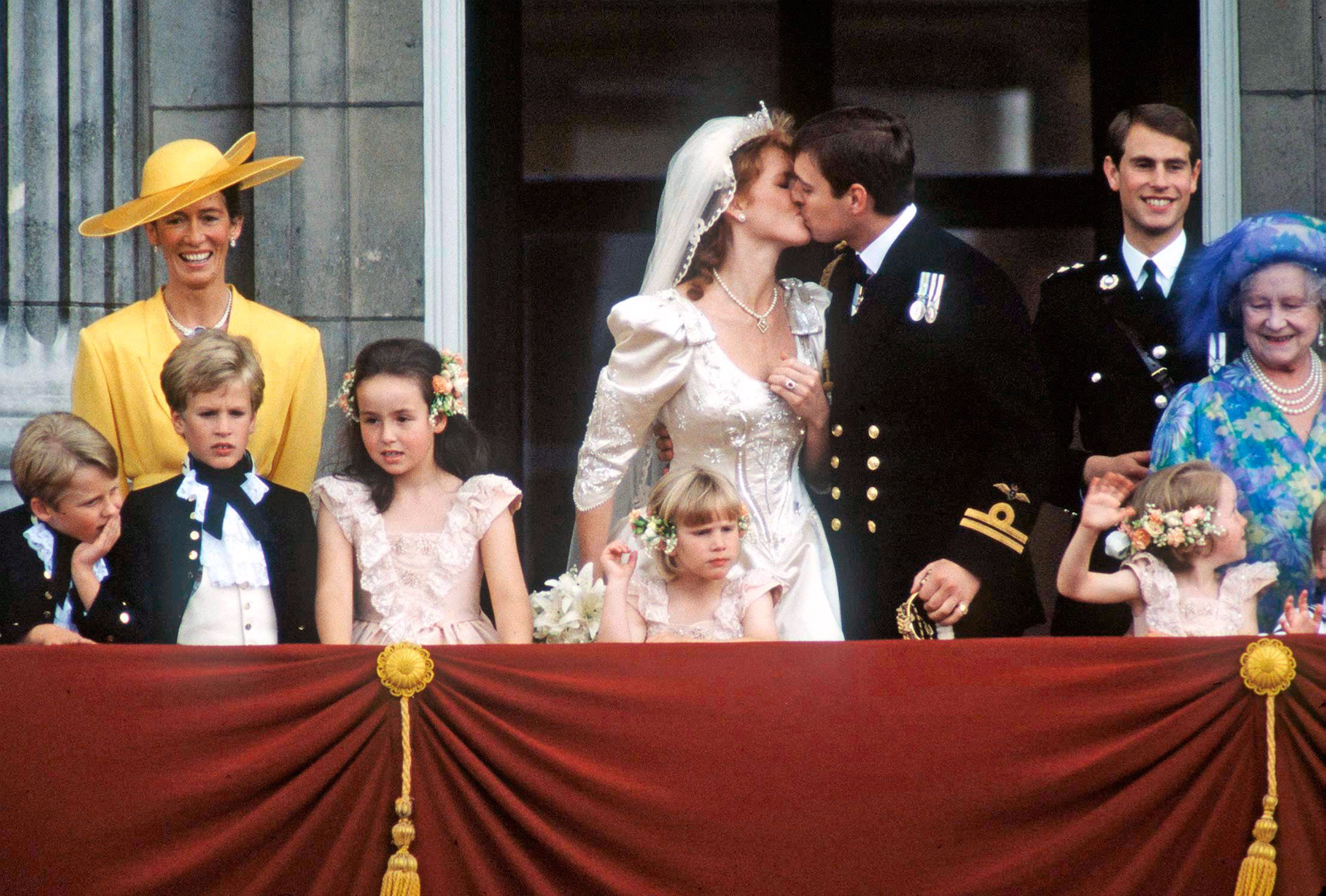 Royal Wedding Kiss.The Evolution Of The Royal Wedding Kiss