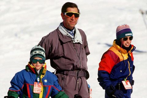 Clothing, Eyewear, Vision care, Winter, Recreation, Winter sport, Sports equipment, Goggles, Ski Equipment, Jacket,