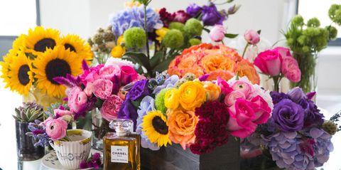 Petal, Bouquet, Flower, Floristry, Purple, Cut flowers, Flowering plant, Flower Arranging, Floral design, Violet,