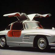 Tire, Wheel, Mode of transport, Automotive design, Vehicle, Transport, Automotive exterior, Car, Fender, Classic car,