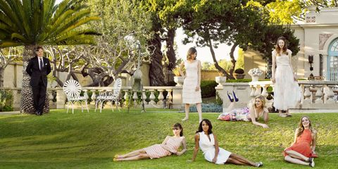 Dress, Leisure, Summer, Petal, People in nature, Park, Spring, Garden, Lawn, Arecales,
