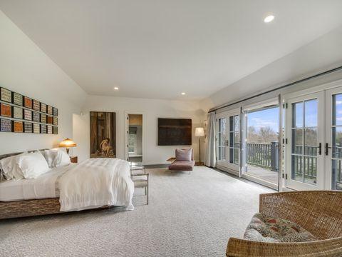 Property, Room, Furniture, Interior design, Bedroom, Ceiling, Building, Floor, House, Real estate,