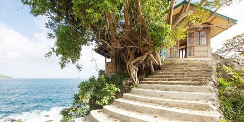 Stairs, Wood, Coastal and oceanic landforms, House, Ocean, Coast, Roof, Home, Cottage, Tropics,