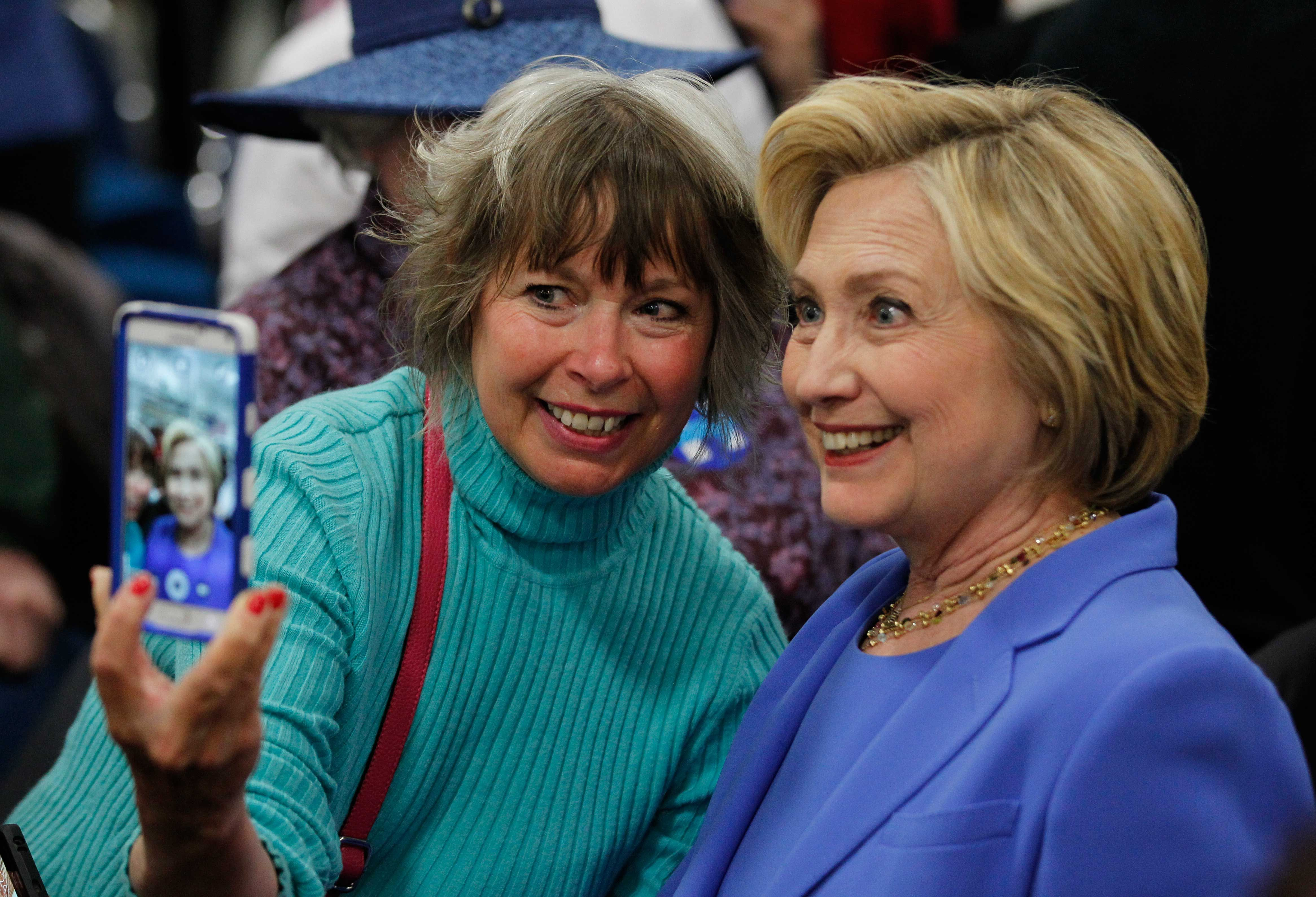 hilary clinton essay Clinton biographer barbara olson wrote in her 1999 book hell to pay: the unfolding story of hillary rodham clinton that, the contents of hillary's thesis,.
