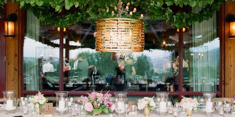 Lighting, Bouquet, Lantern, Flower Arranging, Floristry, Centrepiece, Restaurant, Cut flowers, Stemware, Function hall,