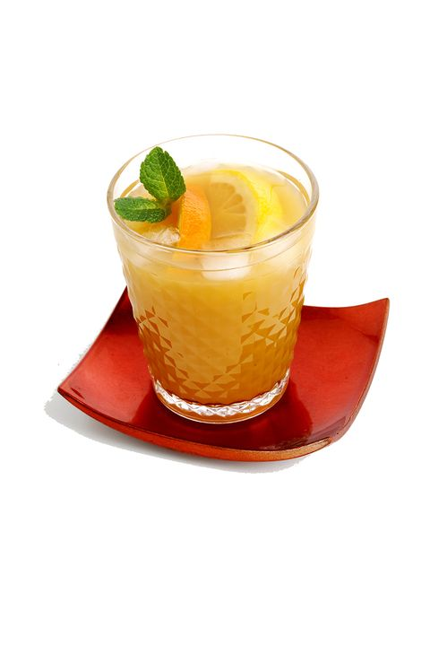 "<p>What if you could have a refreshing fruit punch...but buzzier? For this perfect-for-the-outdoors <a href=""http://www.forrent.com/blog/recipes/tailgate-sips-gridiron-punch"">combo</a>, start with a large pitcher or bowl and mix 12 ounces of Sprite, 2 1/2 cups of pineapple juice, and six bottles or cans of your preferred beer (throw in sliced lemons, limes, and oranges for a pretty touch). Ladle out into individual cups and start the party.</p>"