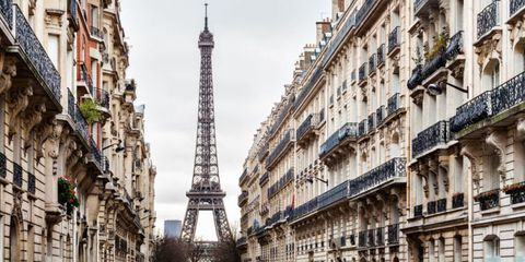 Architecture, Neighbourhood, City, Facade, Building, Metropolis, Landmark, Apartment, Tower, Urban area,