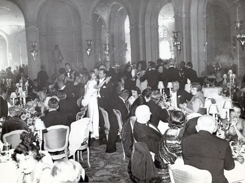 Chair, Monochrome, Monochrome photography, Hall, Black-and-white, Function hall, Banquet, Arch, Party, Conversation,