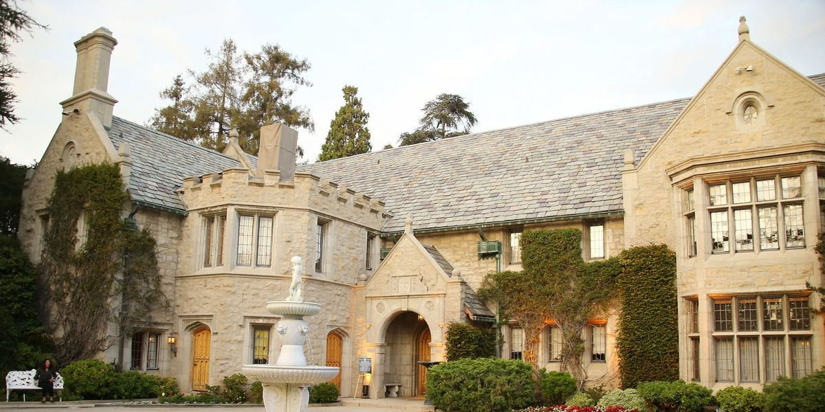How Interior Designers Would Remodel The Playboy Mansion