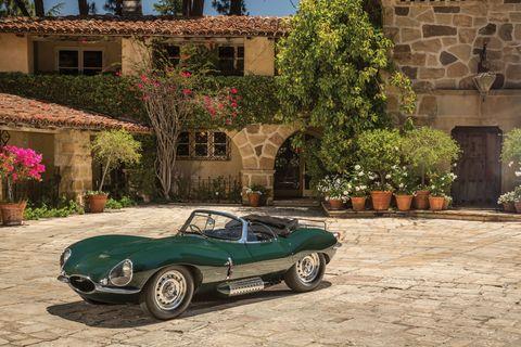 Tire, Wheel, Automotive design, Flowerpot, Classic car, Car, Fender, Automotive tire, Automotive wheel system, Antique car,