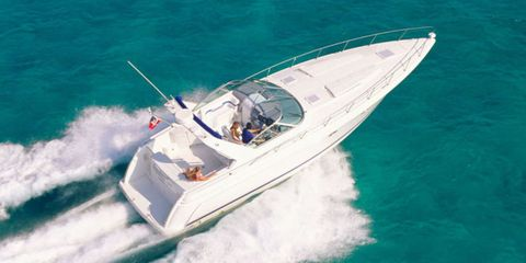 Watercraft, Boat, Speedboat, Naval architecture, Boating, Space, Ship, Powerboating, Adventure, Water transportation,