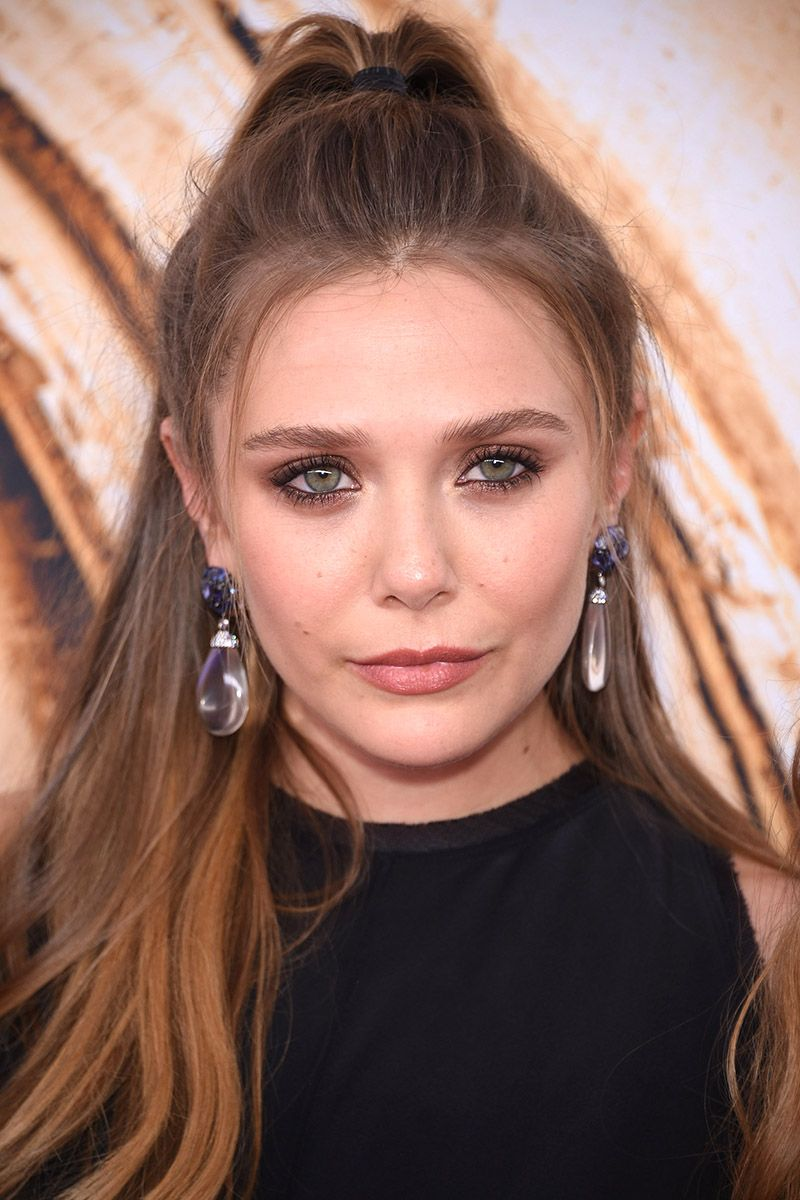 NEW YORK, NY - JUNE 06:  Elizabeth Olsen attends the 2016 CFDA Fashion Awards at the Hammerstein Ballroom on June 6, 2016 in New York City.  (Photo by Dimitrios Kambouris/WireImage)