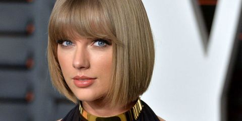 Hairstyle, Chin, Forehead, Style, Bangs, Jaw, Step cutting, Bob cut, Wings, Blond,