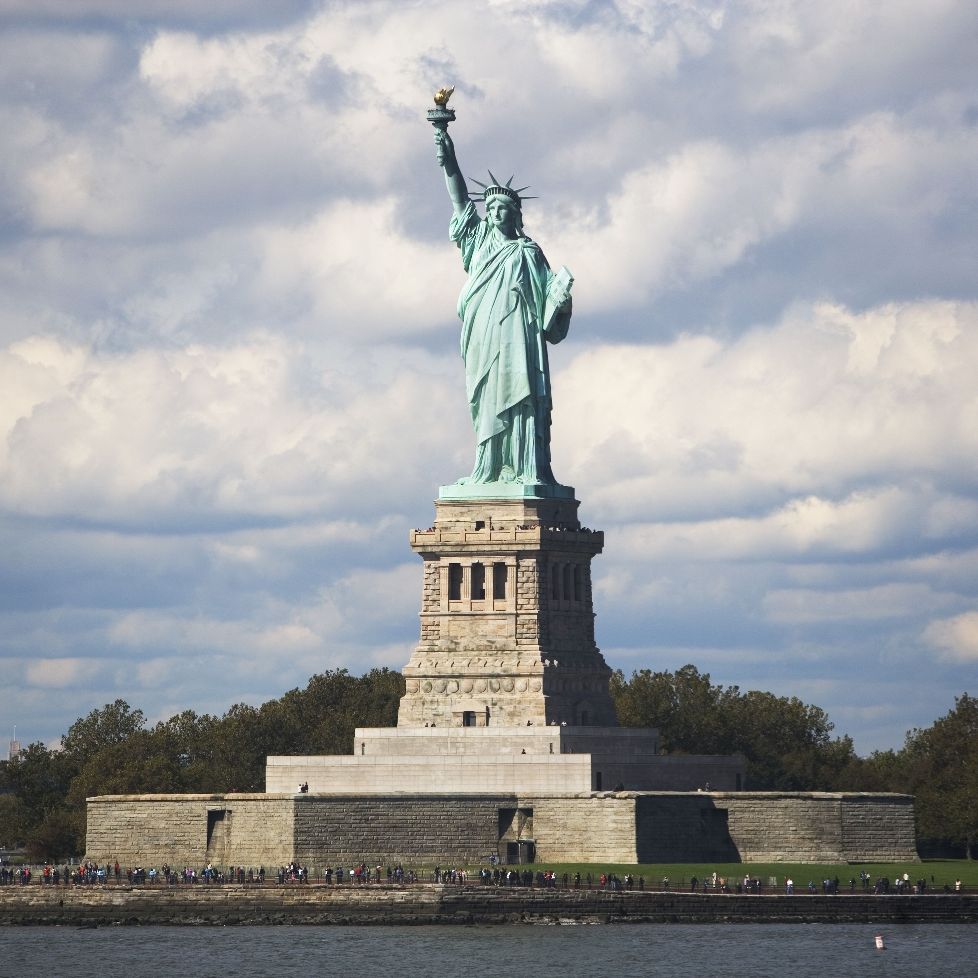 statue of liberty famous landmarks